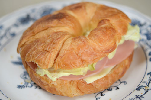 Croissant1207253