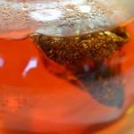 ノンカフェインで、ミネラル豊富な健康茶「ルイボスティー」ティーバッグ30袋、半額お試し