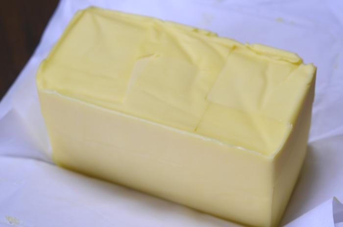 有塩バター450g