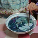 スープの色が青→紫→ピンクに変わる!マジカルラ王を作ってみた