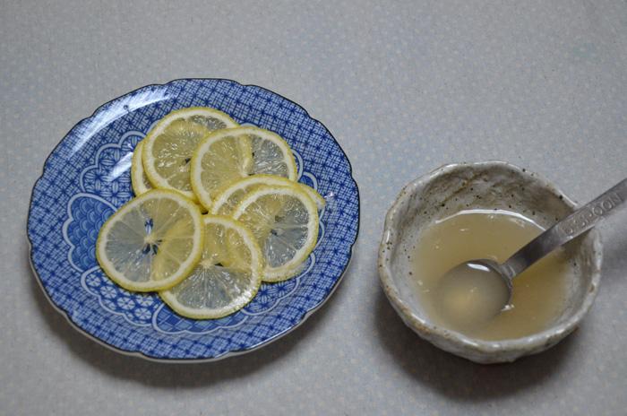 輪切りレモンと、出汁レモン
