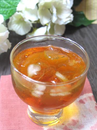 リンゴとオレンジの果汁で、ミックスフルーツ味に仕上げてます