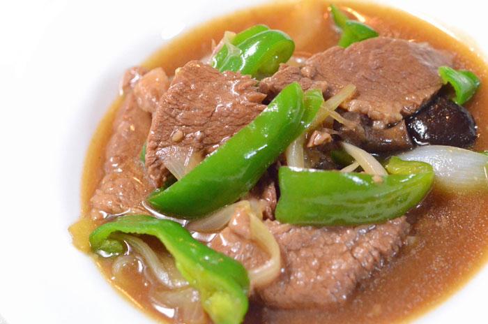 牛肉と椎茸のオイスター煮込み