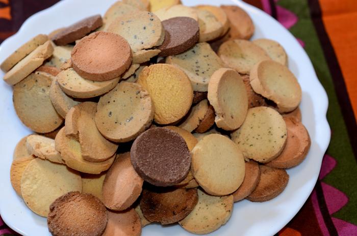 1袋250グラムで、クッキーの山!